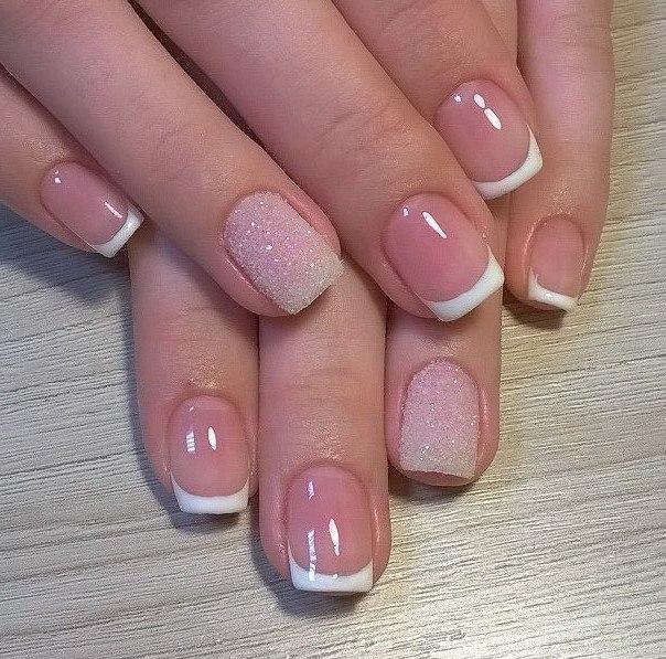 Сахарное покрытие и френч на ногтях