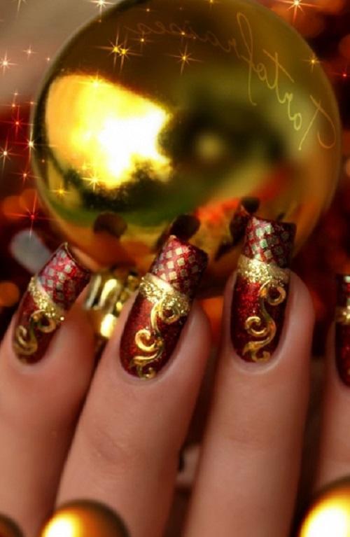 Наращенные бордово-золотистые ногти для Нового Года