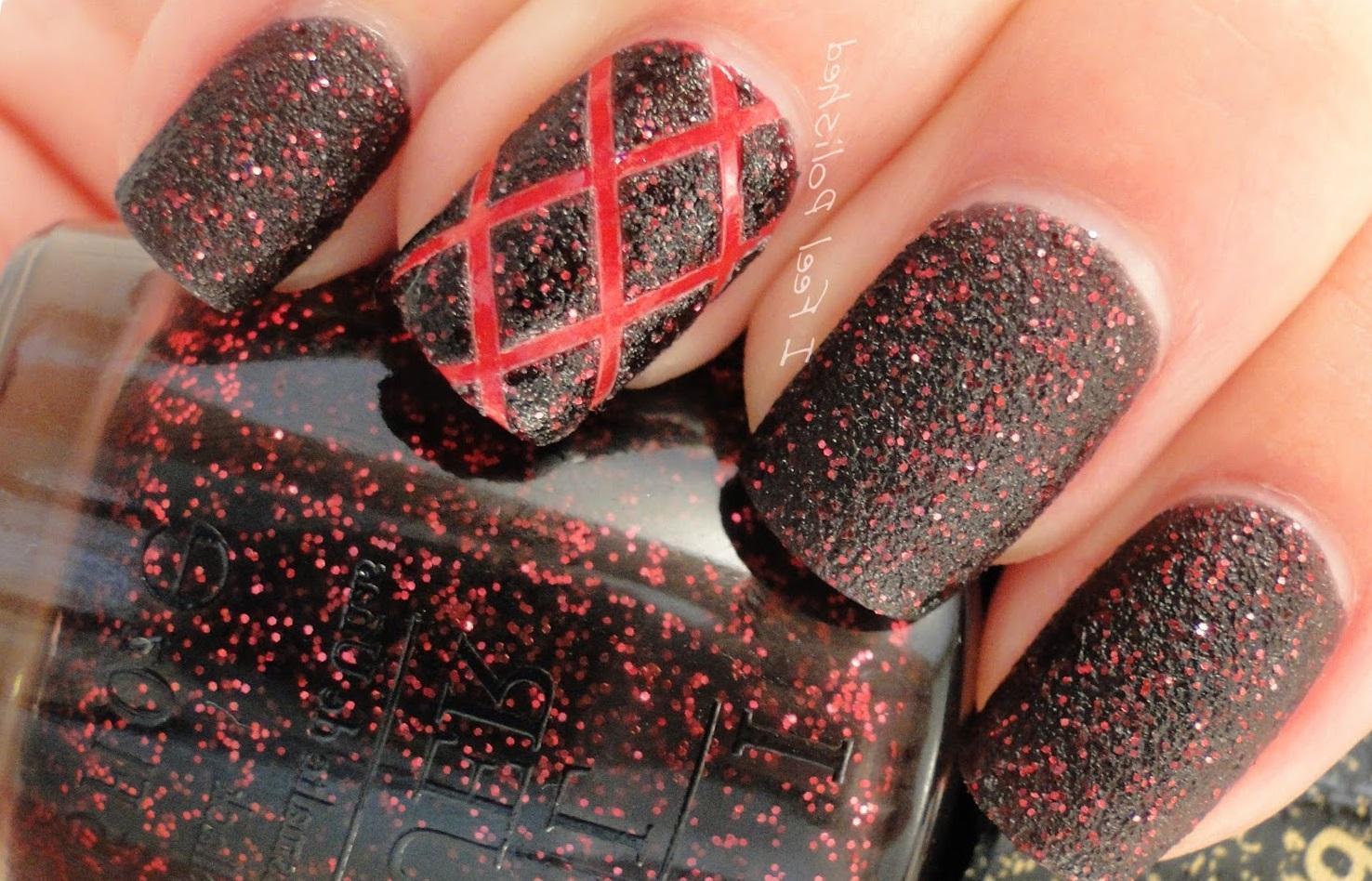 Красно-черный стеганый маникюр с матовым эффектом