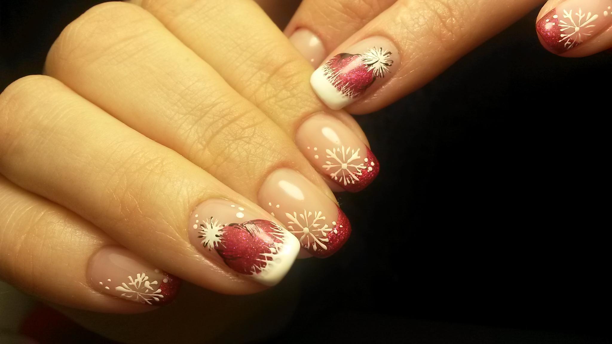 Красивые снежинки ногти фото