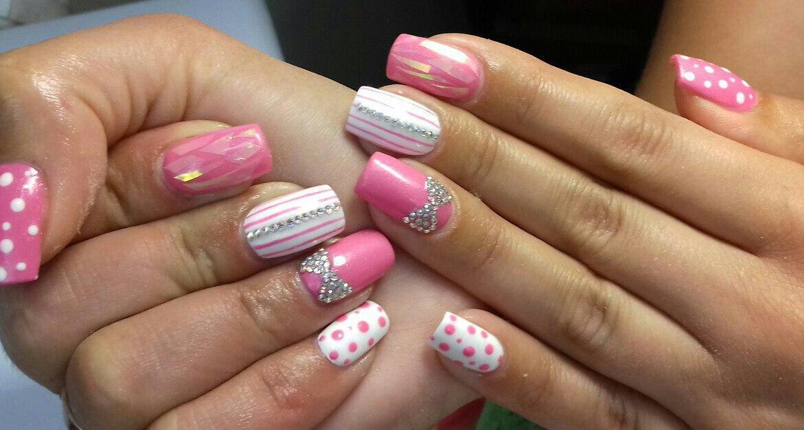 Розовый мими ногтики с бантиком