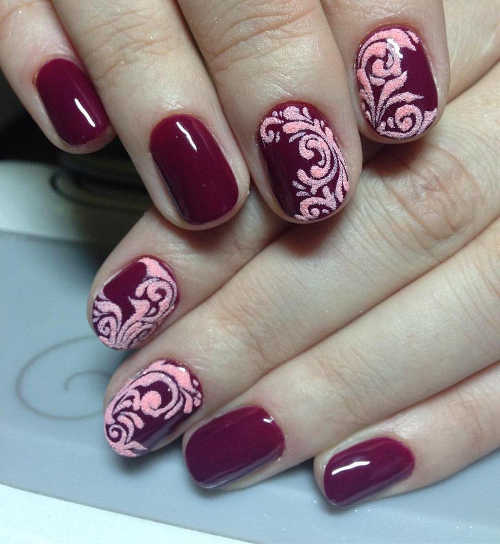 Фото завитушек на ногтях