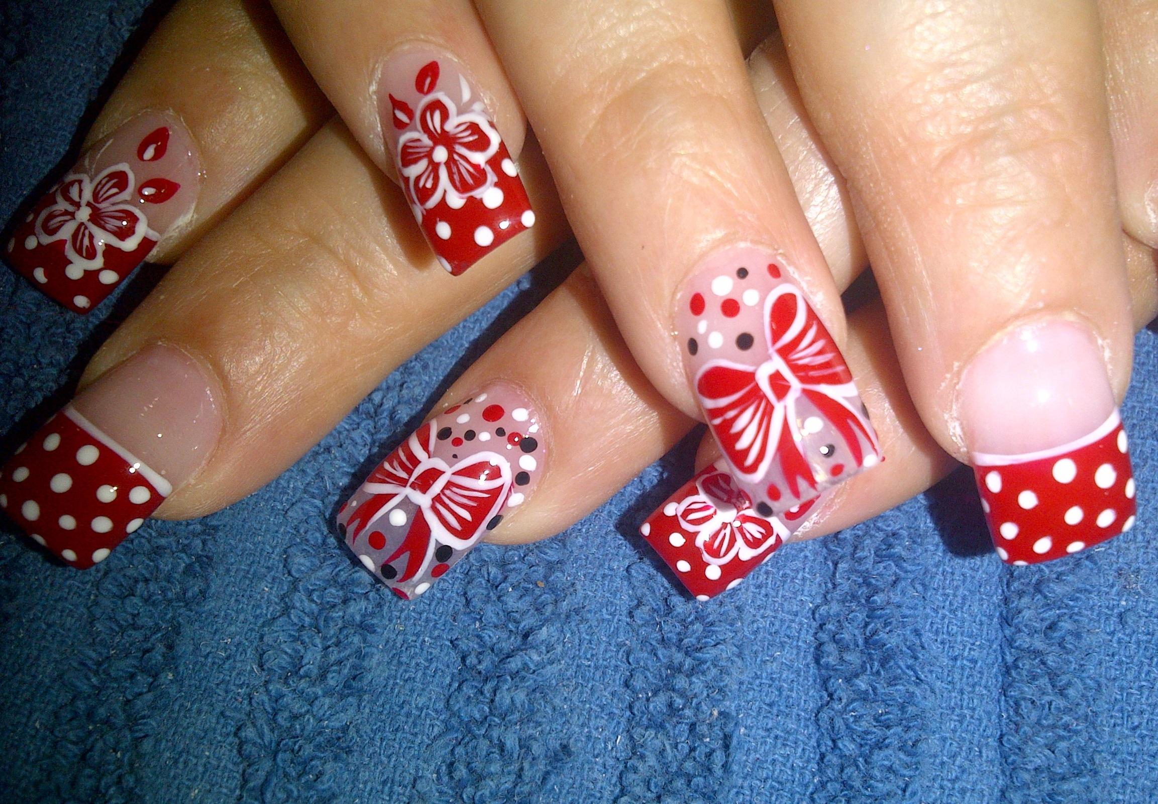 Дизайн бантик на ногтях