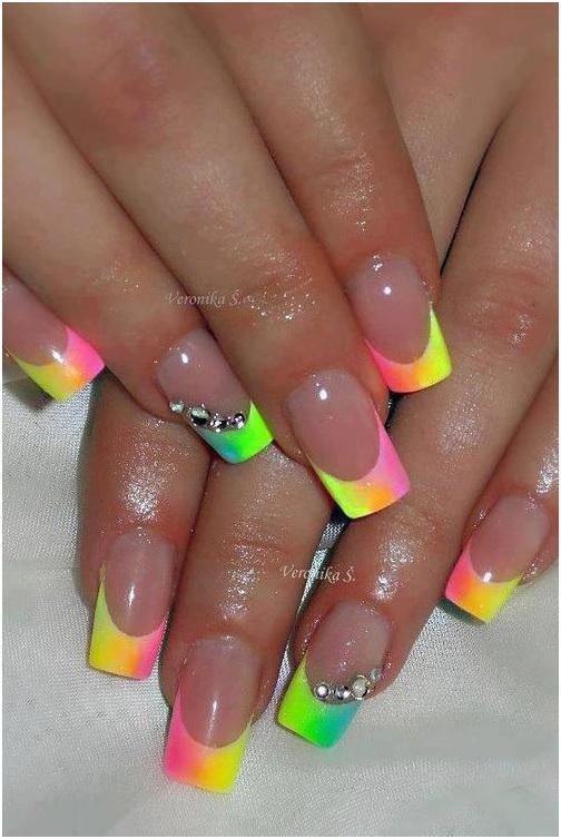Модный разноцветный френч