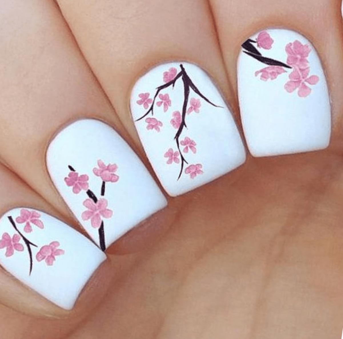 Фото ногтей китайской сакура