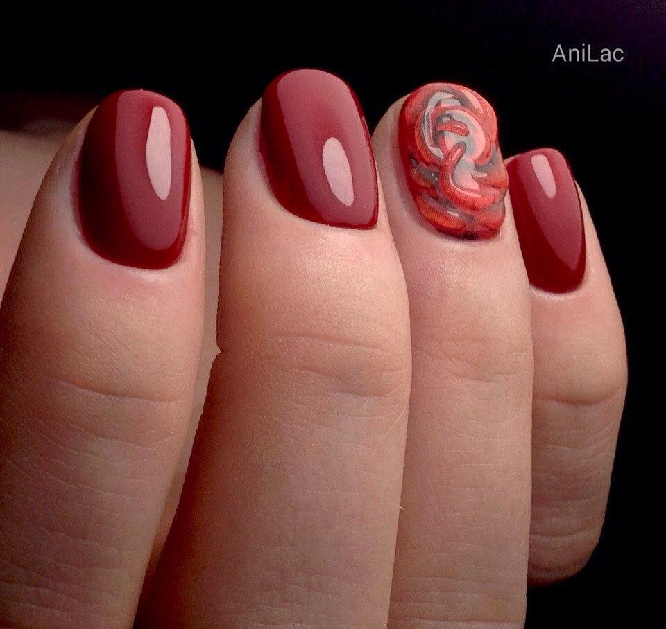 Объемный дизайн с красным гель-лаком