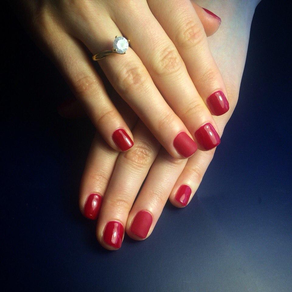 Матовый вишневый на короткие ногти