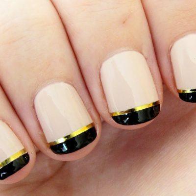 Черный с золотом — стильный френч в маникюре