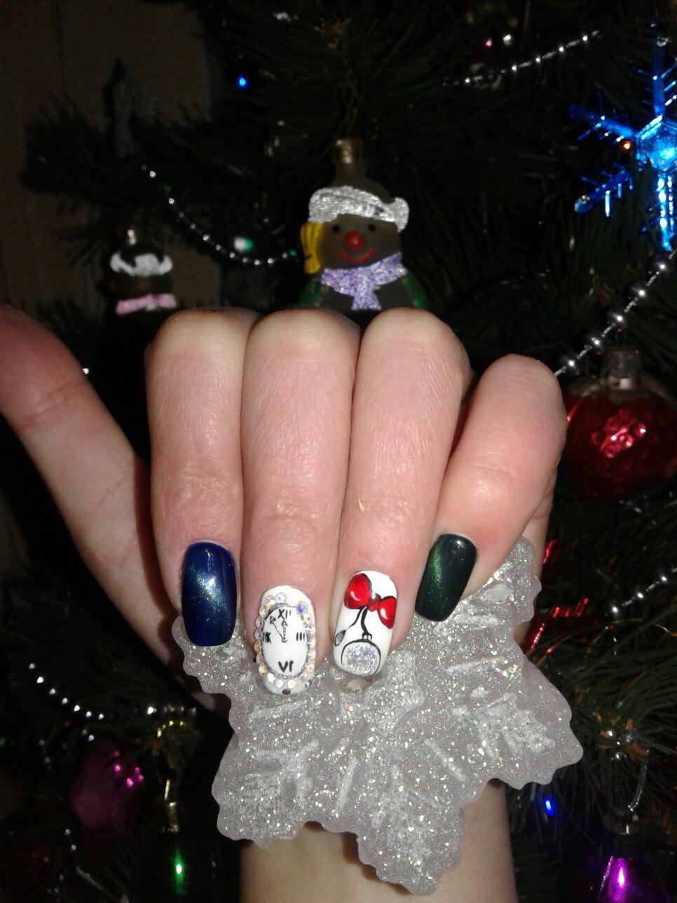 многим людям, картинки приколы ногти новый год это один самых