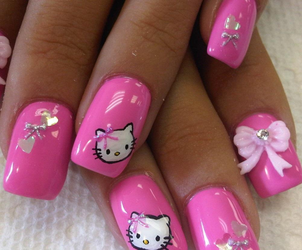 Розовый маникюр с Китти и объемными бантиками