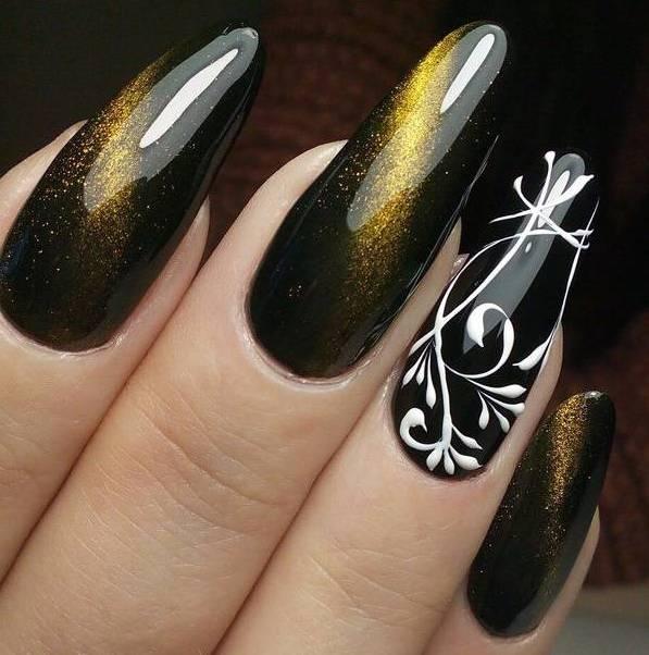 Кошечий маникюр на очень длинных ногтях