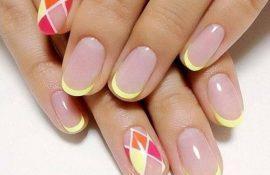 Классика жанра – френч на ногтях всегда модное решение