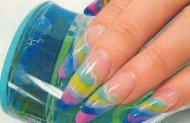 Маникюр на нарощенные ногти – всегда актуально и превосходно