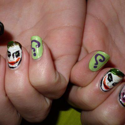 Страшные узоры для маникюра на Хэллоуин