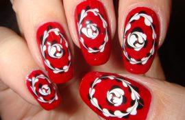Как делать рисунки на ногтях иголкой?