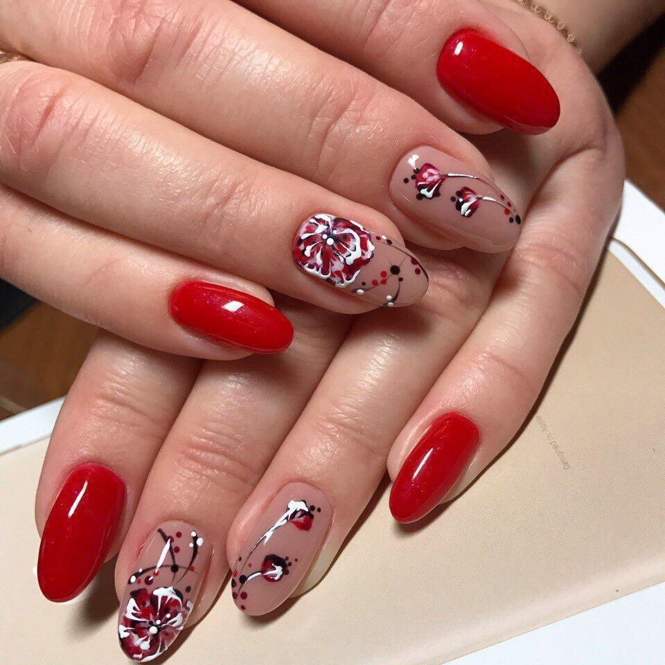 Длинные ногти с весенней росписью