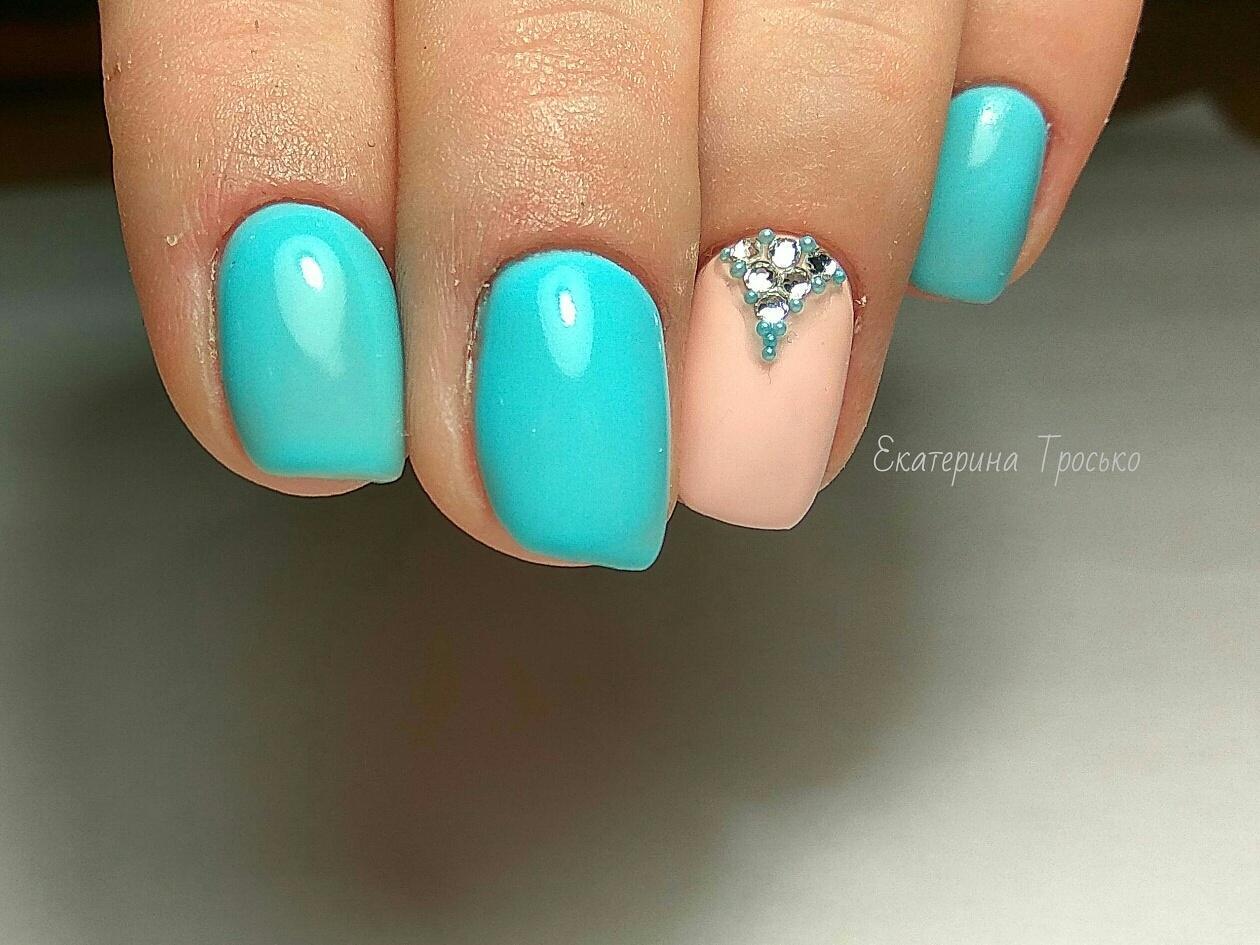 Шилак фото ногтей нежные цвета