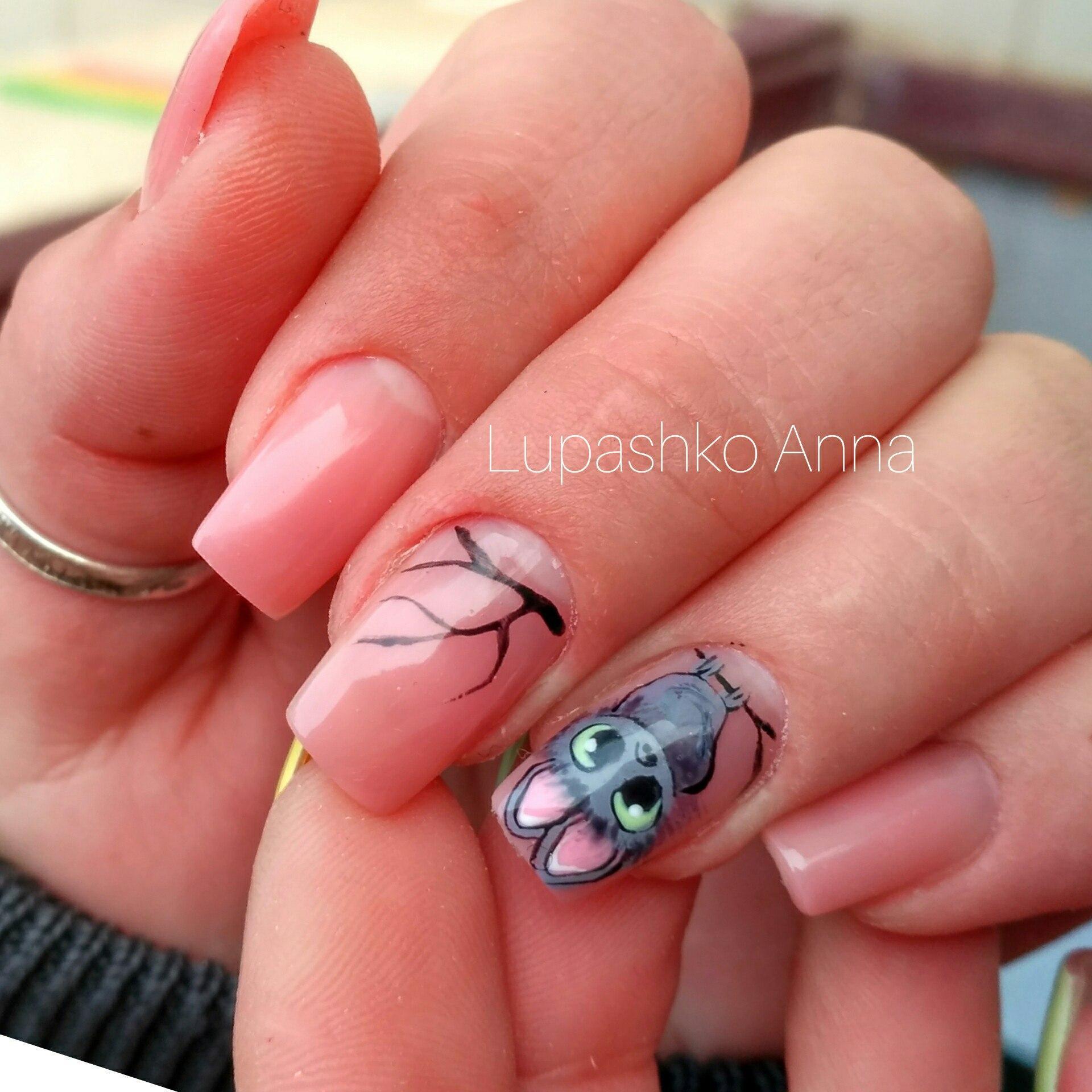 Необычная форма и дизайн ногтей фото