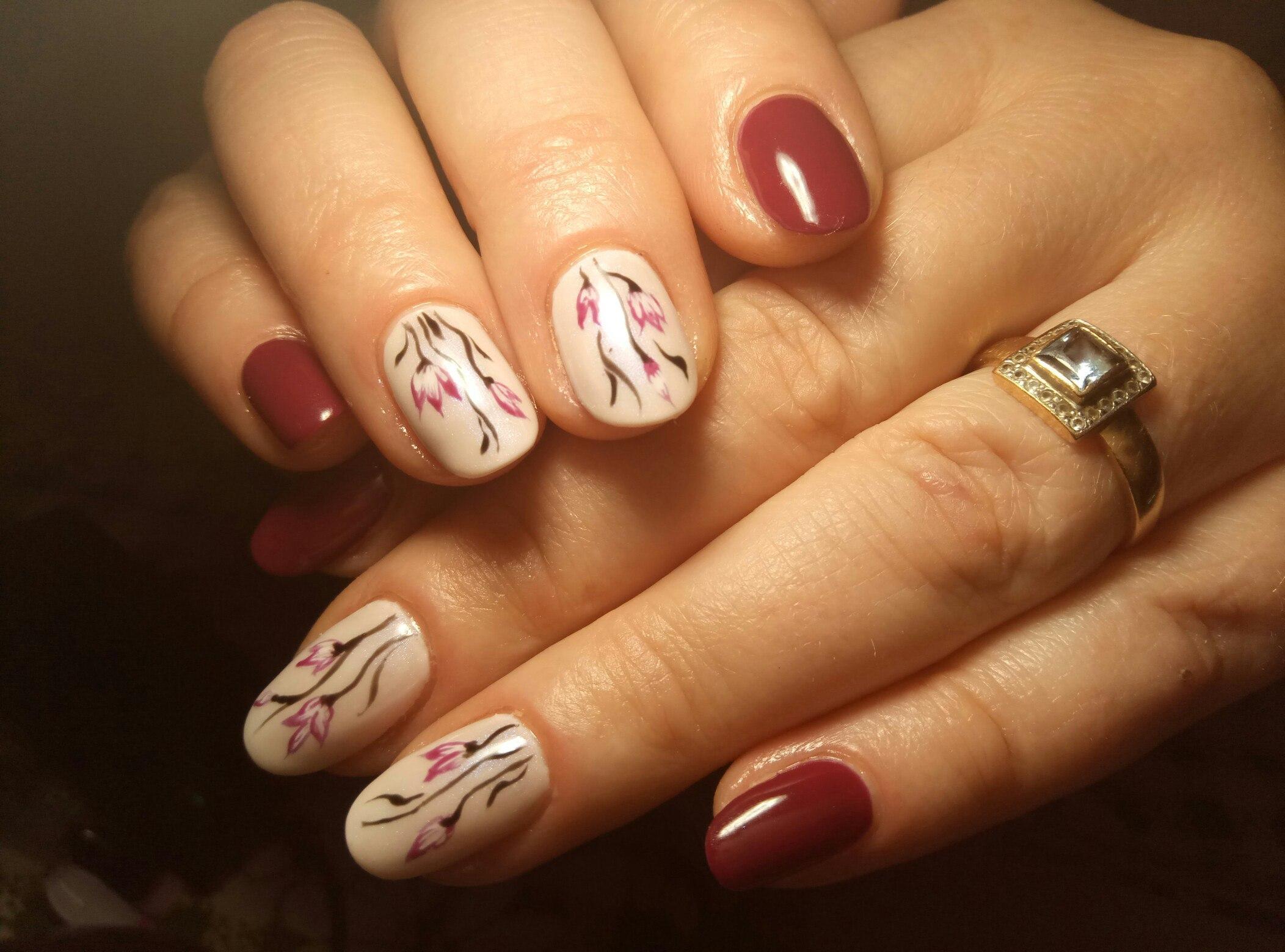 Весенний маникюр на коротких ногтях