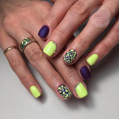 Весенний фиолетово-желтый маникюр