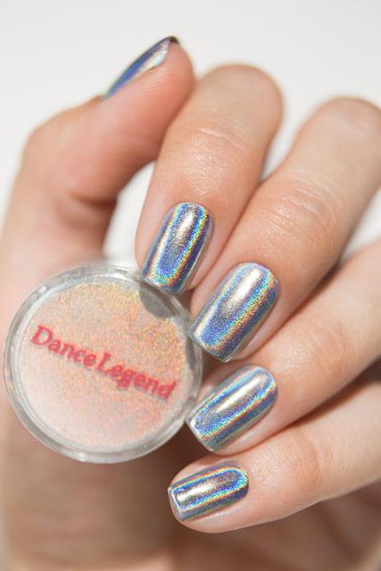 серебряные ногти