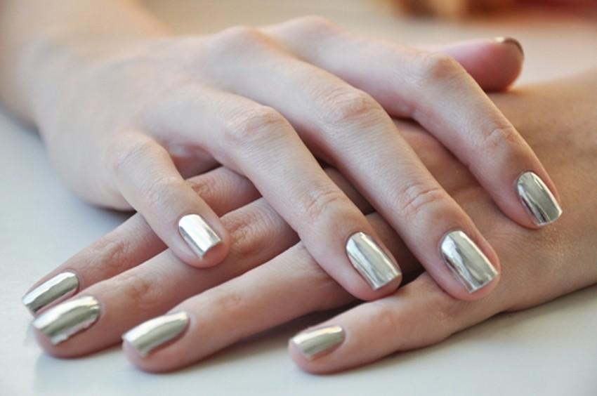 серебряные ногти втирка