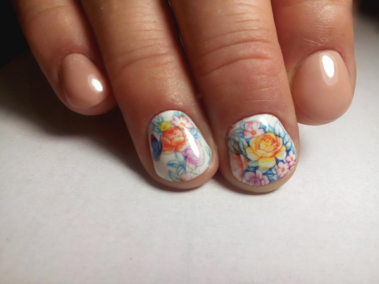 Слайдер-цветы на короткие ногти