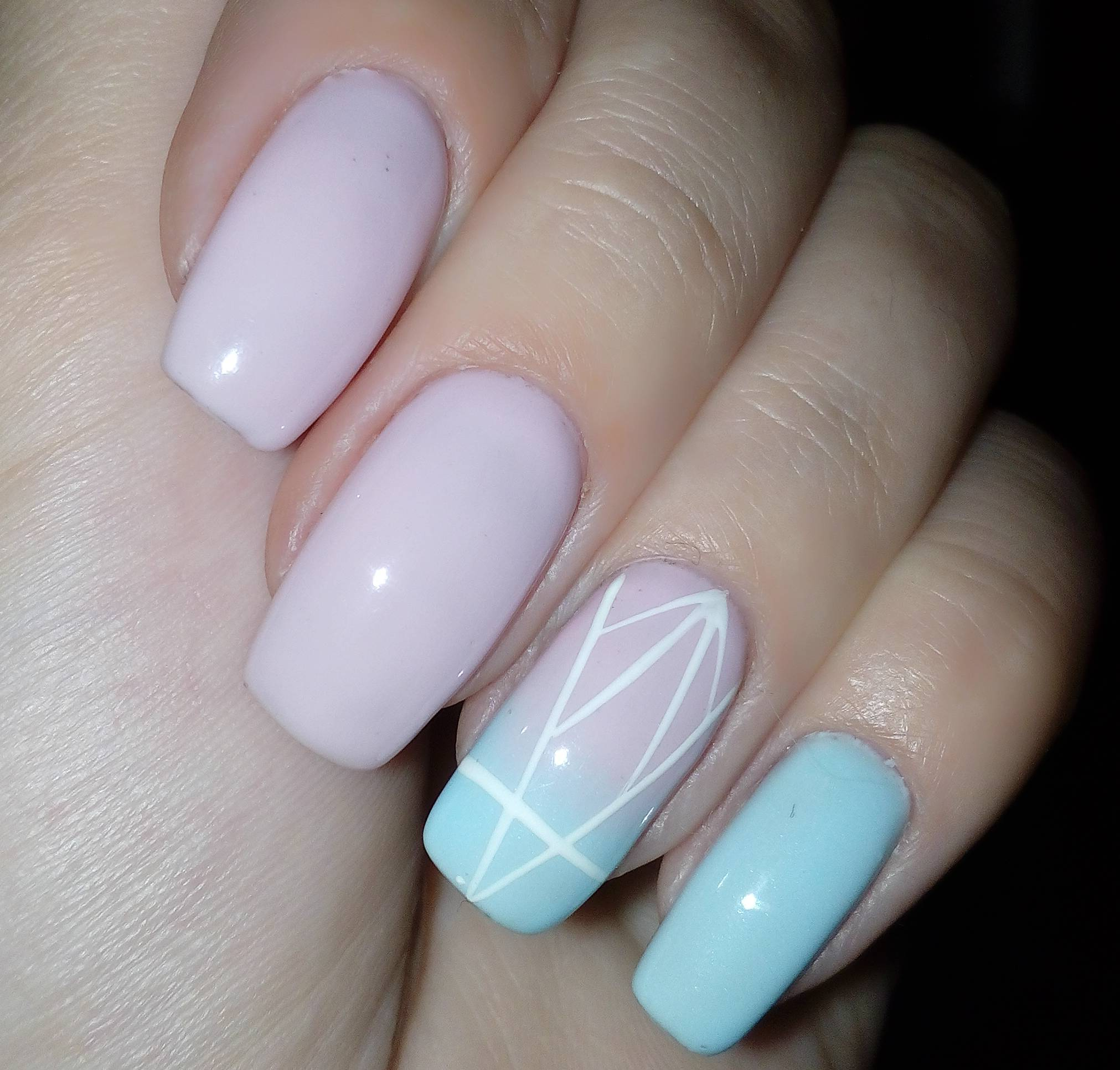 Светлые цвета ногтей фото
