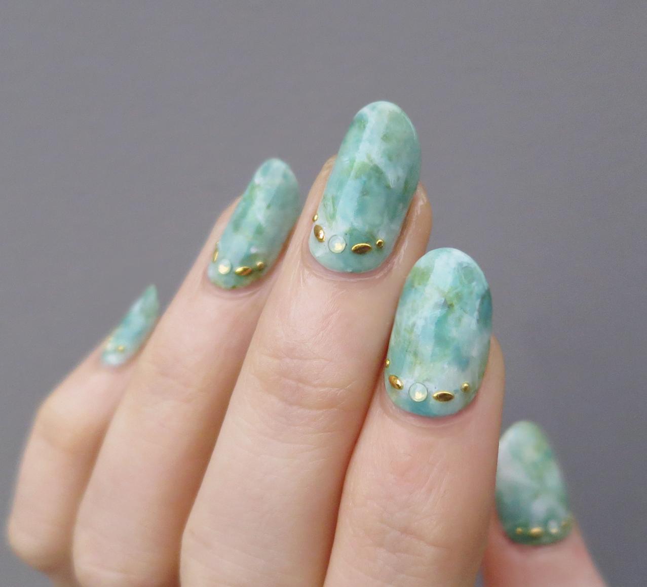 mramornyj-manikyur_4 Мраморный маникюр: топ-8 стильных идей дизайна для ногтей