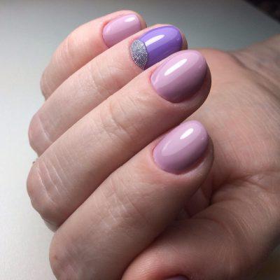 Шеллак-маникюр на короткие ногти