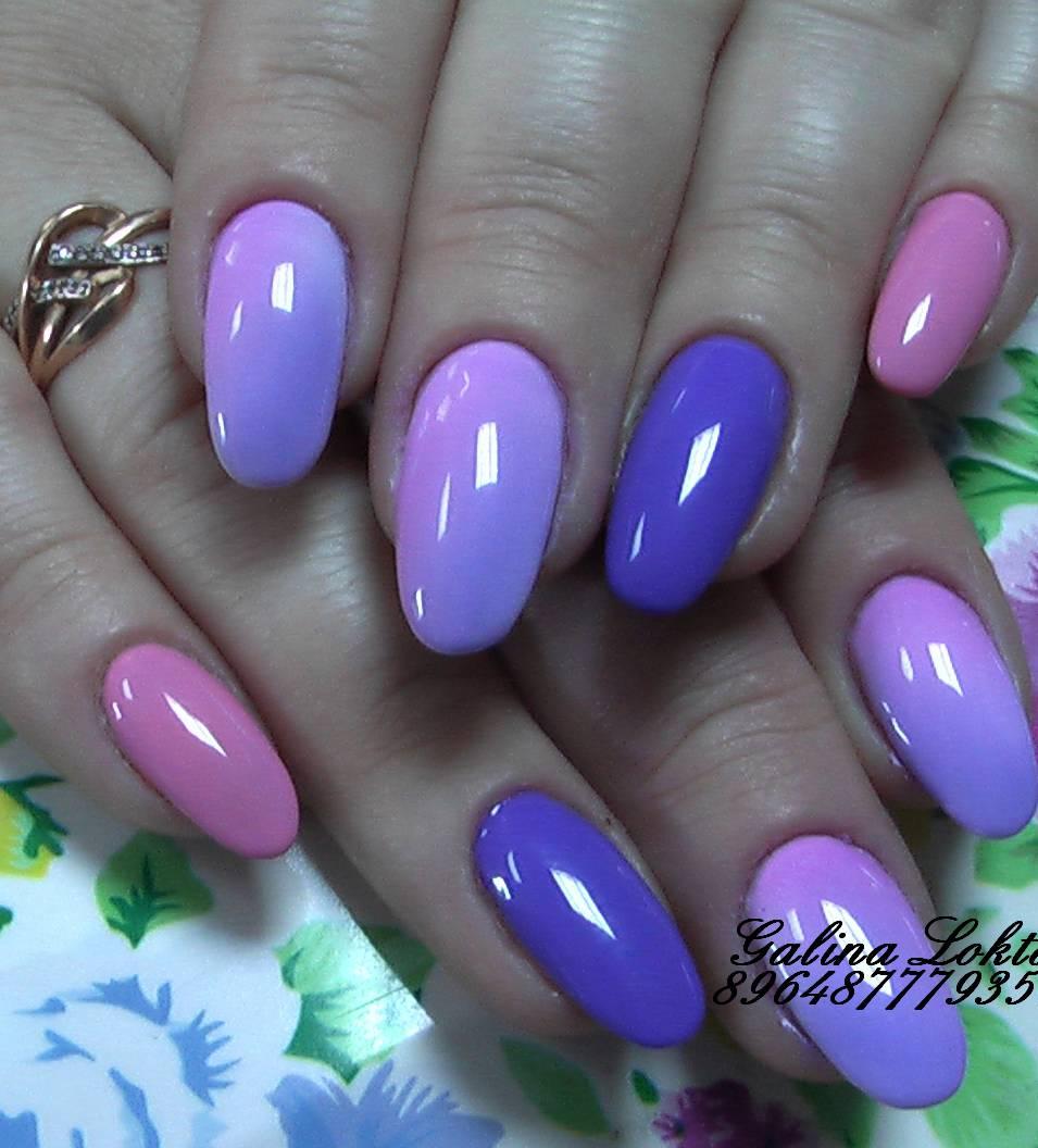 Плавные градиенты в фиолетовом маникюре