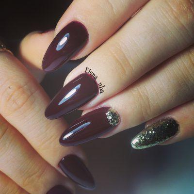 Наращенные ногти цвета «Каберне Совиньон»