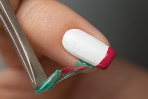Как аккуратно накрасить ногти с помощью скотча
