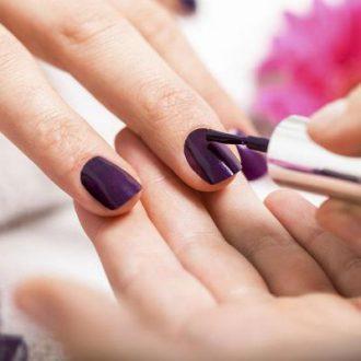 Как аккуратно накрасить ногти лаком