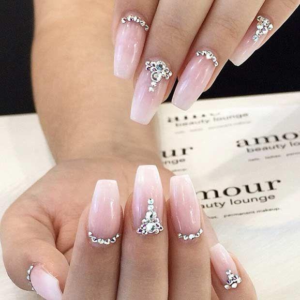 Пример наращенных ногтей