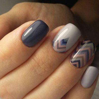 Стильная геометрия на серых ногтях