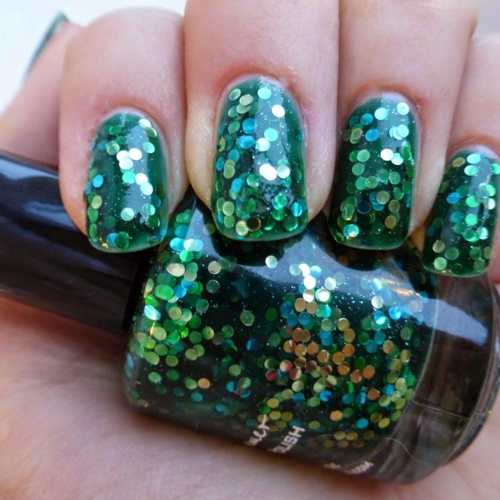 новогодний дизайн ногтей на 2018 год