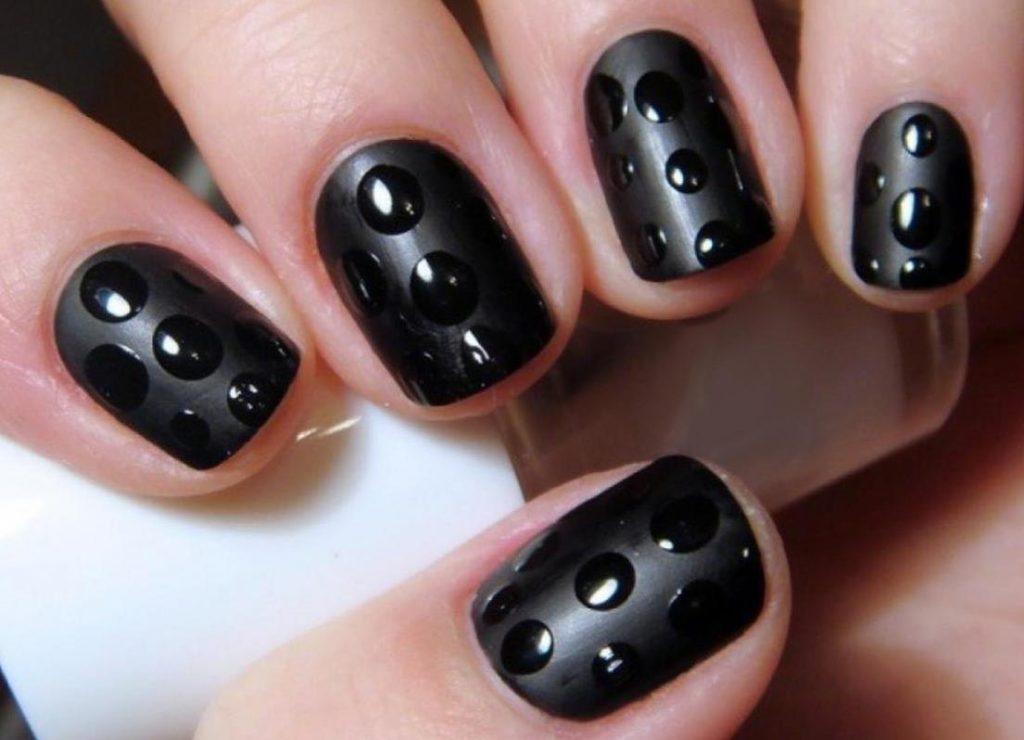 эффект капель на ногтях