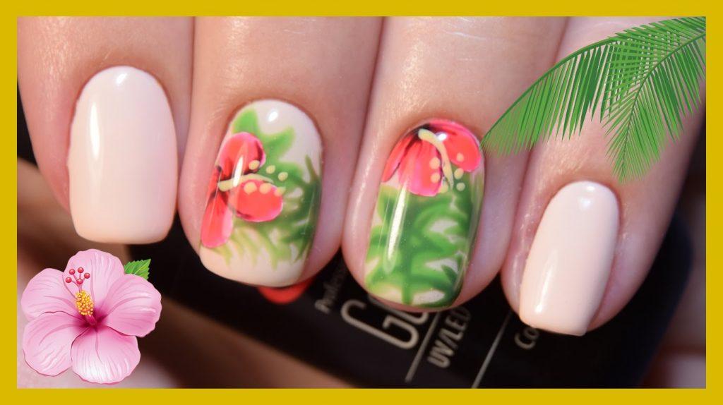 тропический маникюр с цветком