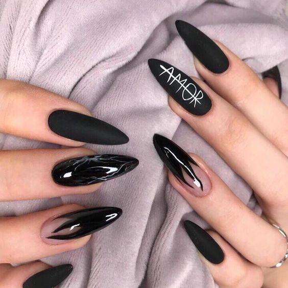 Необычный дизайн ногтей черный