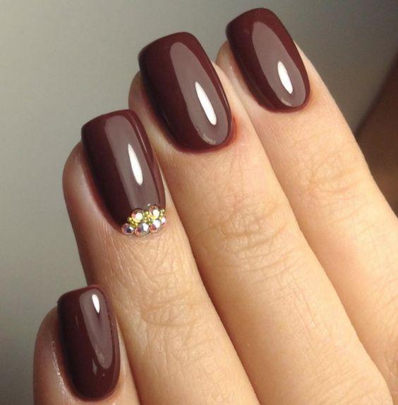 Маникюр шоколадного цвета квадратные ногти