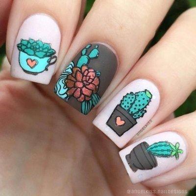 Веселый маникюр с кактусом