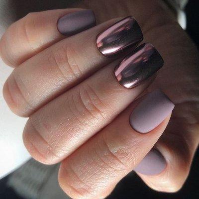 Маникюр матовый фиолетовый металлик
