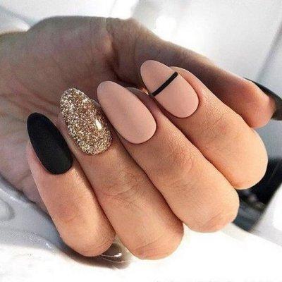 Маникюр черный розовый с золотом