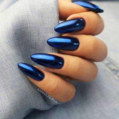 Темно синий маникюр втирка