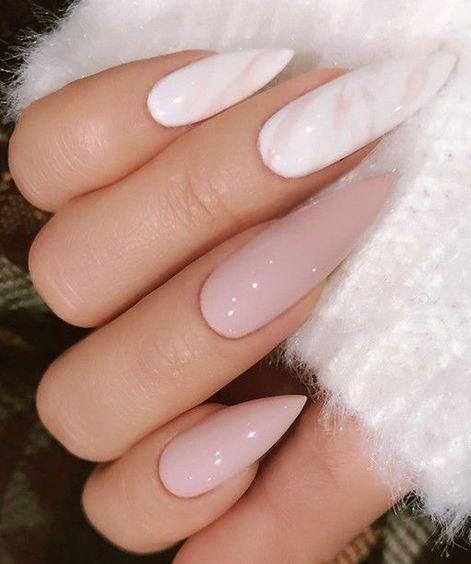 Маникюр розовый с белым на длинные ногти