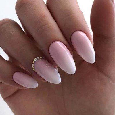 Маникюр омбре нежно розовый