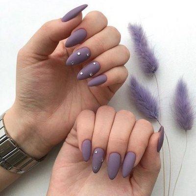 Фиолетовый матовый маникюр