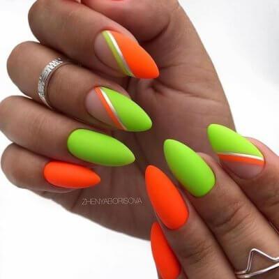 Зеленый оранжевый яркий маникюр