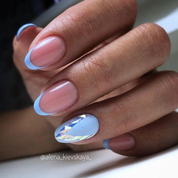 Голубой френч маникюр